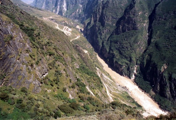 Tiger Leaping Gorge from the upper path