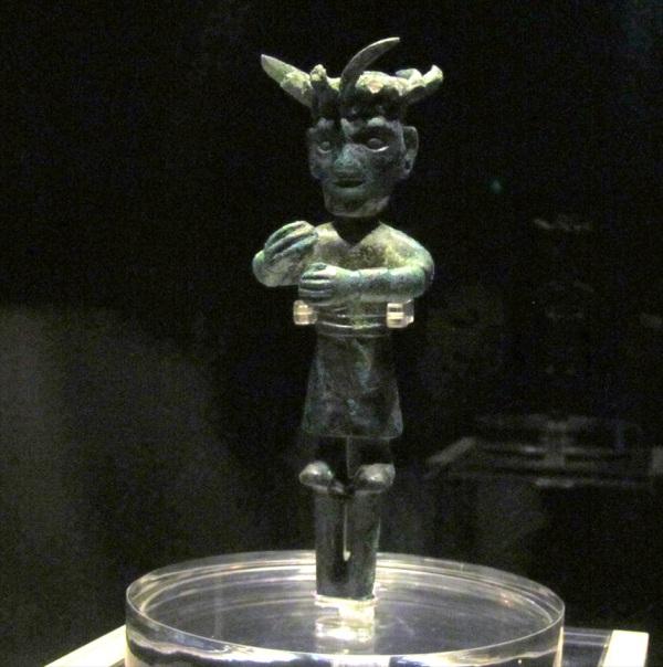 Standing Bronze Figure, Sanxingdui Site Museum, Chengdu, China.
